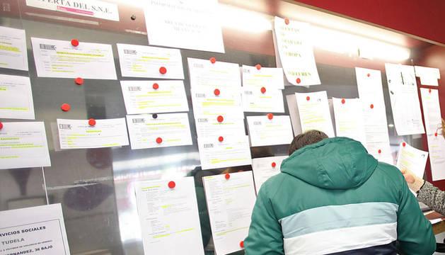 Ugt dice que navarra perdi empleos indefinidos m s en 2013 noticias de navarra en - Oficina de empleo navarra ...