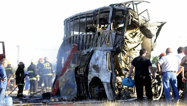 Estado en el que quedó el autobús tras la colisión