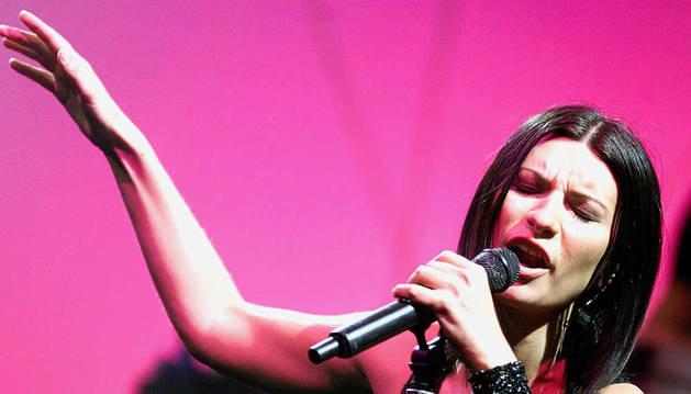 Laura Pausini en un concierto en Zurich
