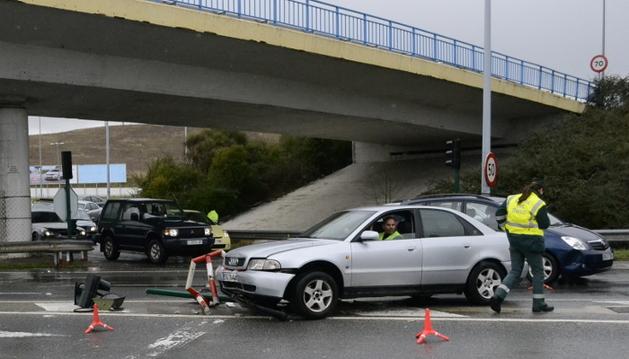 El vehículo siniestrado en la avenida Zaragoza
