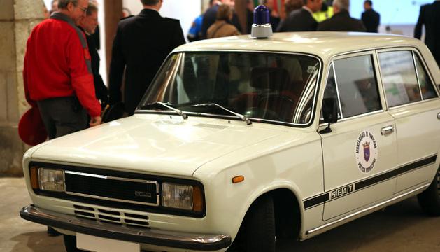 Un Seat 124 que los municipales de Pamplona utilizaban en 1978 y que en los ochenta fue el vehículo de Jefatura
