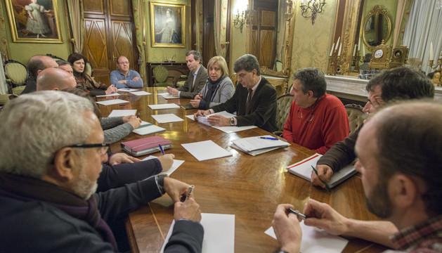 A la reunión asistieron representantes de los 8 municipios
