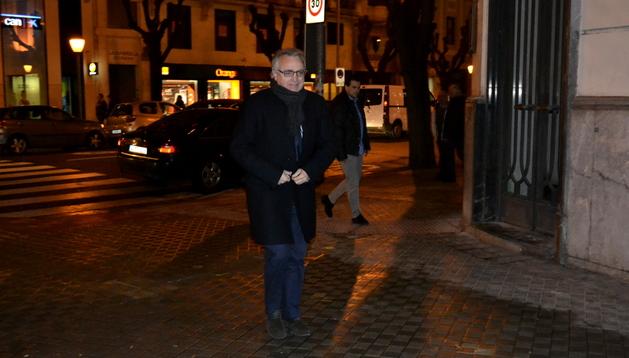 Miguel Sanz llegando a la reunión del Comité Ejecutivo de UPN.