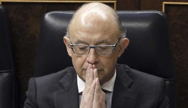 El ministro de Hacienda, Cristóbal Montoro, durante el pleno de este miércoles.