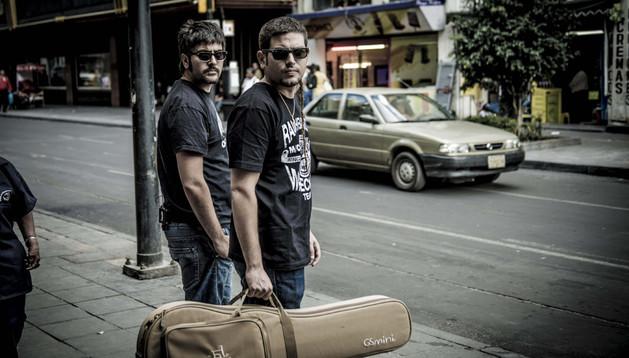 Los hermanos David y Jose Muñoz cumplen 15 años de carrera discográfica como Estopa.