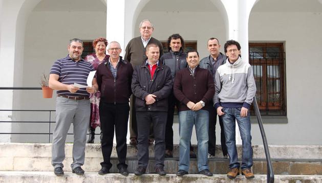Delegados de la Asociación de Donantes de Sangre (Adona) y homenajeados el domingo en Irurtzun