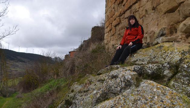 Olga Ruiz posa en la Torre de Pío