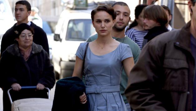 La actriz y directora Natalie Portman rodando en Jerusalén.