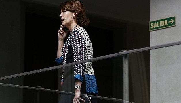 Yolanda Barcina, en el Parlamento foral.