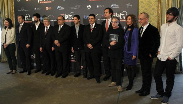 Fotografía de familia de los asistentes a la presentación de la primera edición de los Premios Platino del Cine Iberoamericano