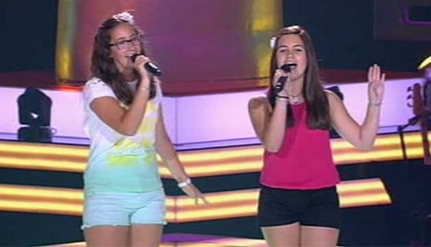 Paola Milagro e Iraida García durante su actuación en 'La Voz Kids'