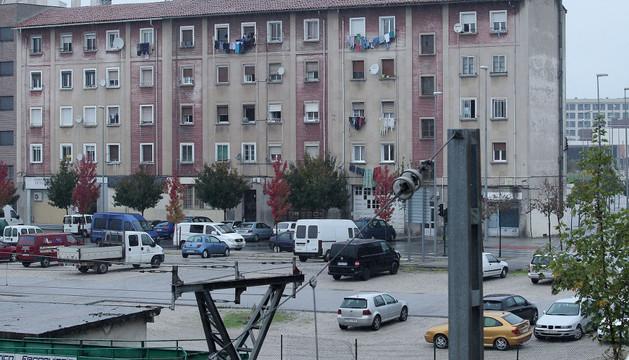 Las casas de la calle Ferrocarril a cuya rehabilitación se destinarán 300.000 euros este año 2014
