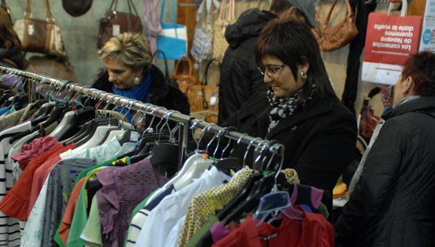 Cientos de personas acudieron a la feria del Stock de Tafalla del año pasado