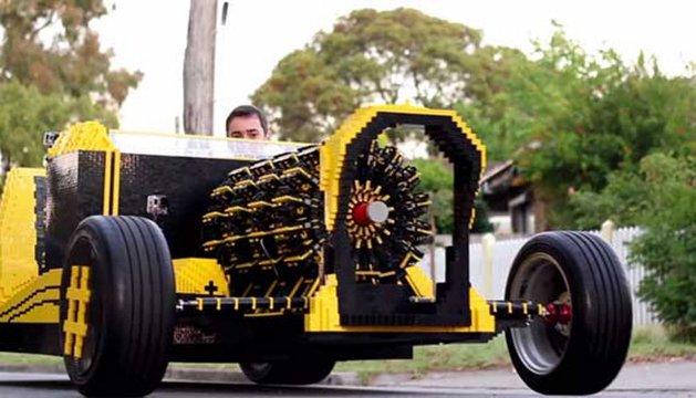 El Lego car