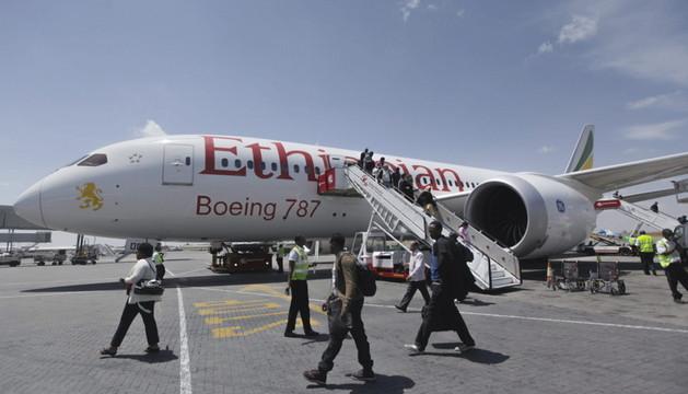 El secuestrador del avión etíope es el copiloto, según la policía