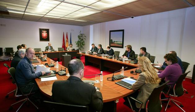 Apertura de la comisión de investigación, a cargo de Alberto Catalán.