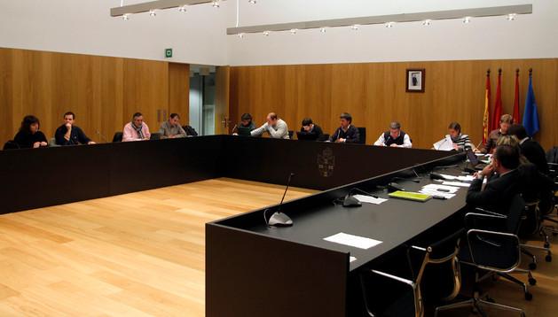 Pleno del Ayuntamiento de Egüés. Los vecinos están convocados al borrador de los presupuestos