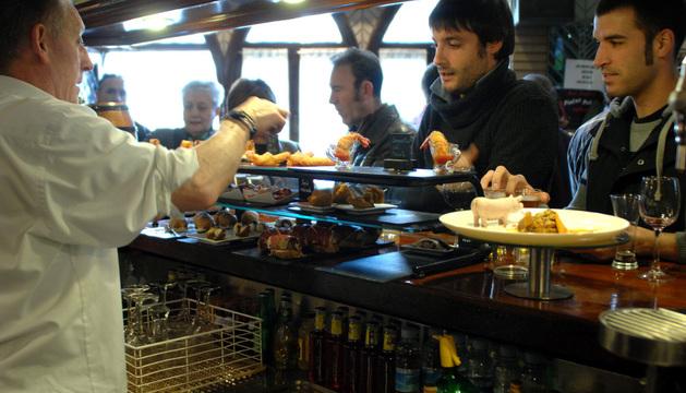 Pinchos del bar Nuevo Hostaf, de Tafalla, durante la Semana del Pincho del año pasado