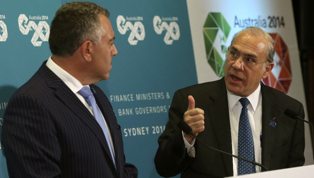 El secretario general de la OCDE, Angel Gurría, y el tesorero federal de Australia, Joe Hockey