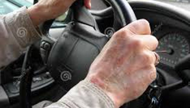 Los conductores mayores de 65 años representan el 15% del total de conductores en Navarra