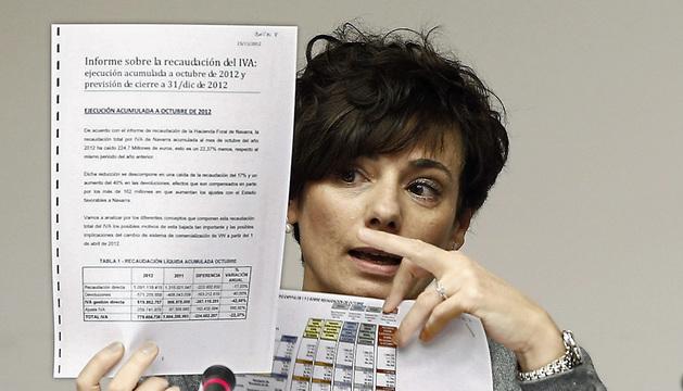 Comparecencia de la exdirectora gerente de la Hacienda foral Idoia Nieves en la comisión de investigación del Parlamento de Navarra.