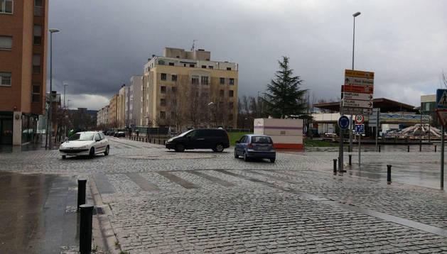 El asfalto cubrirá el lugar que ahora ocupan los adoquines.