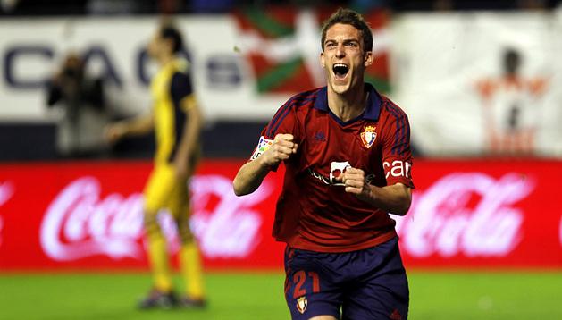Roberto Torres celebra su gol ante el Atlético de Madrid