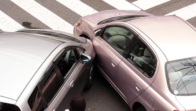 El pasado año se registraron 23.465 accidentes automovilísticos de chapa en Navarra, según la Unión Española de Entidades Aseguradoras y Reaseguradoras.