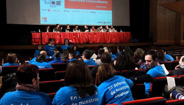 Imagen de la asamblea de trabajadores de Edesa en Basauri