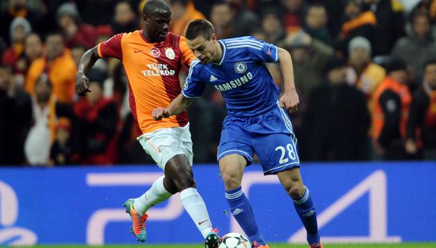 El navarro César Azpilicueta, durante el partido ante el Galatasaray