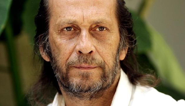 El guitarrista flamenco Paco de Lucía ha fallecido a los 66 años de un infarto en Cancún (México) cuando se encontraba con su hijo en la playa.
