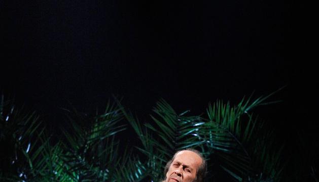 Paco de Lucía durante un concierto en Pamplona.