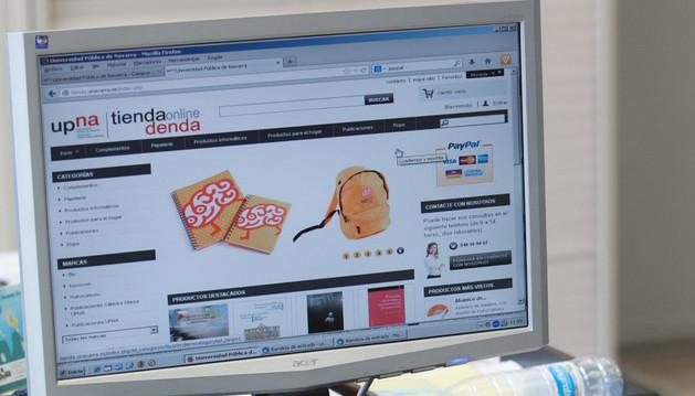 """Página inicial de la nueva tienda """"on-line"""" de la Universidad Pública de Navarra."""