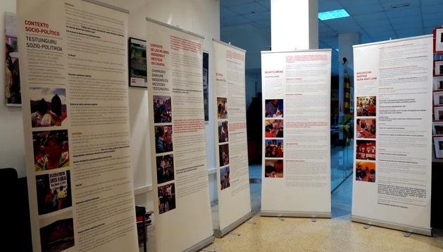 Vista de los paneles de la exposición