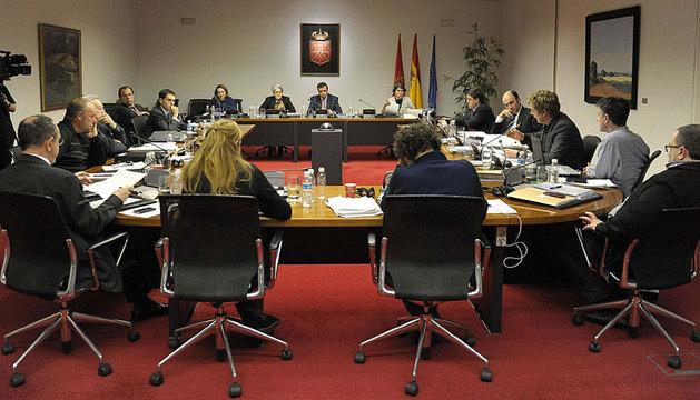 La comisión, reunida el pasado lunes.