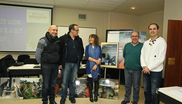 De izda. a dcha., Javier Serrano, Luis Fernández, Marga Burgos, José Antonio Alemán y José Ángel Huarte, en la presentación del proyecto