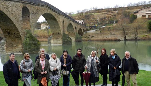 La comisión de Cultura y Turismo del Parlamento visitó el puente