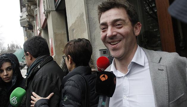 El secretario general del PSN, Roberto Jiménez, a su salida este sábado de la Ejecutiva.