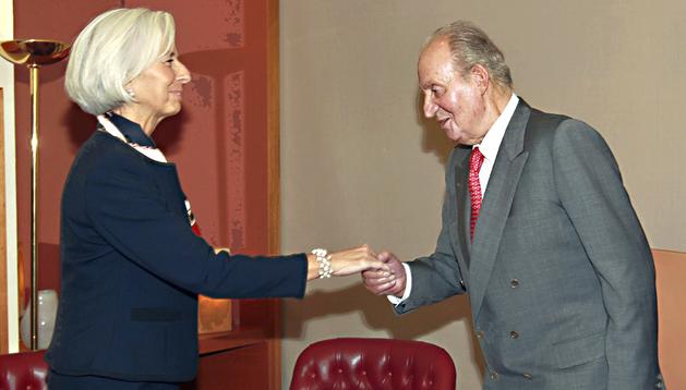El Rey, saludado a Christine Lagarde (FMI)