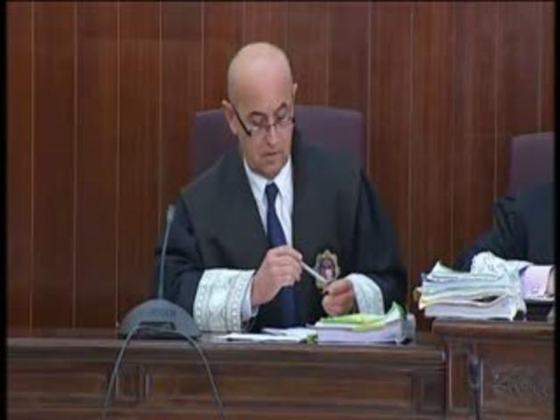 Juan José Cortés se sienta en el banquillo de los acusados