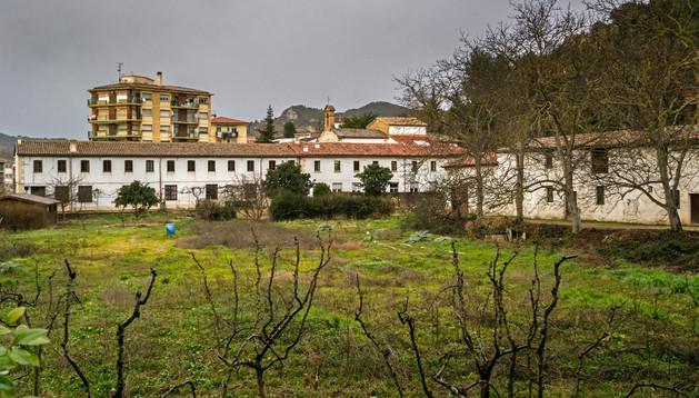 Las habitaciones del convento están casi vacías, ya que sólo viven de forma permanente tres hermanos