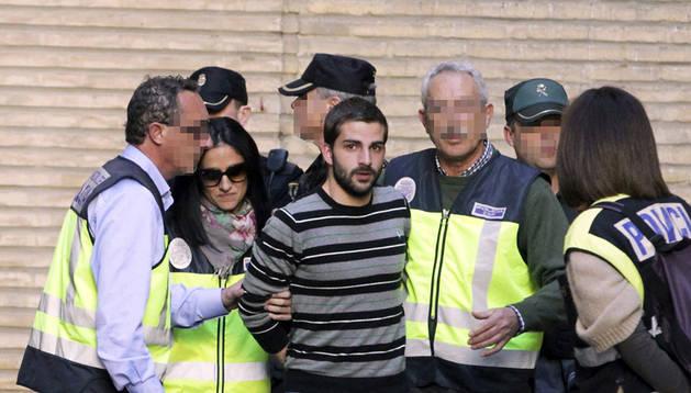 Miguel Carcaño, a su llegada al hospital Miguel Servet de Zaragoza