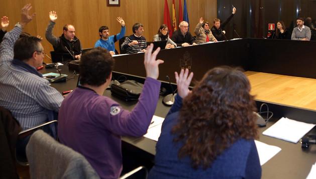 Ediles de Bildu, el PSN, NaBai e I-E votan el presupuesto del Ayuntamiento del valle de Egüés