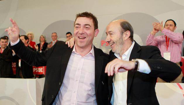 Roberto Jiménez y Alfredo Pérez Rubalcaba, en una imagen de 2012