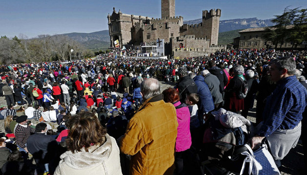 Más de 9.900 personas, congregadas este domingo en Javier