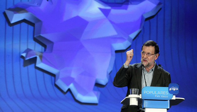 Mariano Rajoy, durante la reunión del PP vasco en San Sebastián