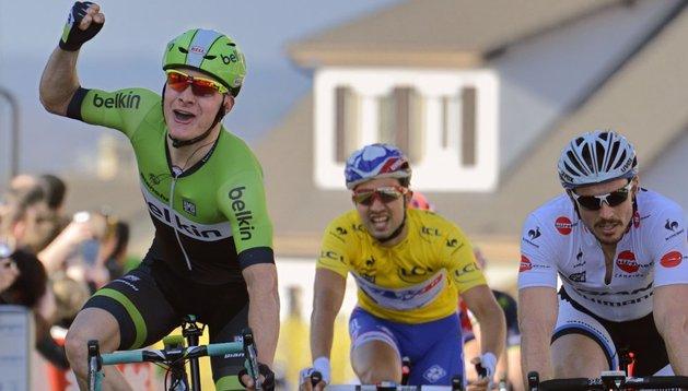 Victoria de etapa para Hofland en la segunda etapa de la París-Niza