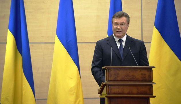 El depuesto presidente de Ucrania, Víktor Yanukóvich, se dispone a comparecer en rueda de prensa desde la ciudad de Rostov del Don (sur de Rusia).