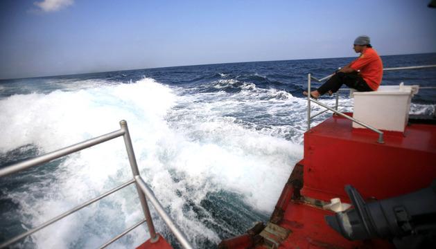 Búsqueda del avión desaparecido cerca de la costa de Indonesia