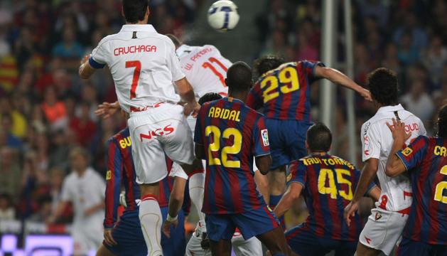 Gol de Pandiani en el último triunfo rojillo en el Camp Nou, en la temporada 2008-2009
